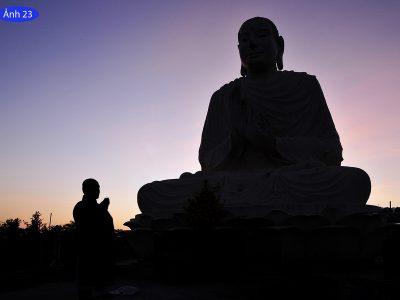 Diễn Tiến  Công Việc Xây Dựng Nhà Tổ Và Tôn Tượng Đức Phật Bổn Sư Ngoài Trời – Ghi Nhận Đến Ngày 17/10 Ất Mùi (Tức 28/11/2015)