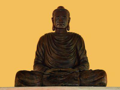 Tựợng Đức Phật Bổn Sư Bằng Gỗ Cây Dâu Tằm Ăn 1000 Năm, Nặng Sáu Tấn, Đã Có Mặt Tại Thiền Đường Chùa Long Hương